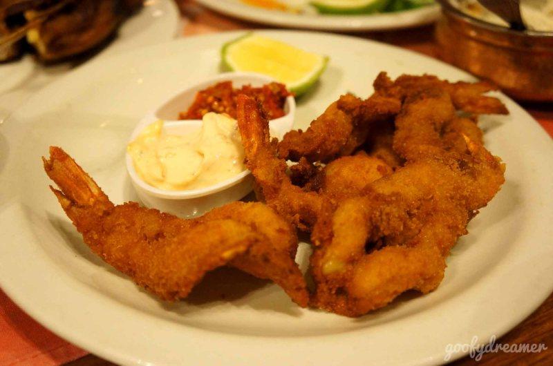 Yang ini pilihan saya, Shrimps! Nyum nyum nyum! Saya penggemar udang hehehe.
