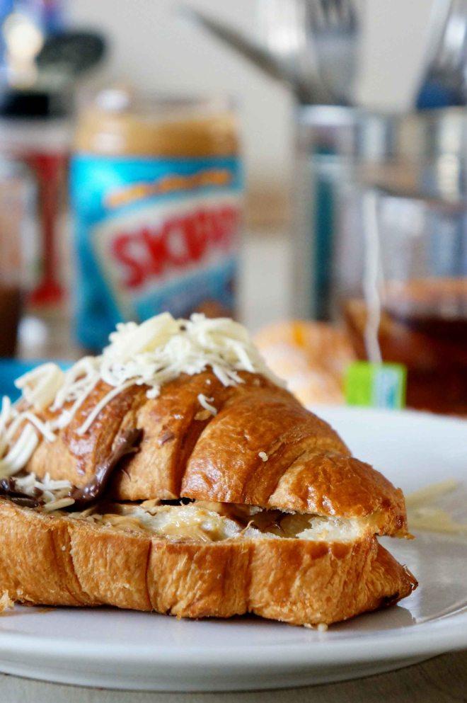 Bermain Croissant 7