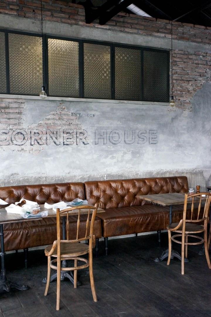 CornerHouseBali1